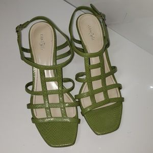 East 5th Pretty Green Strappy Sandals